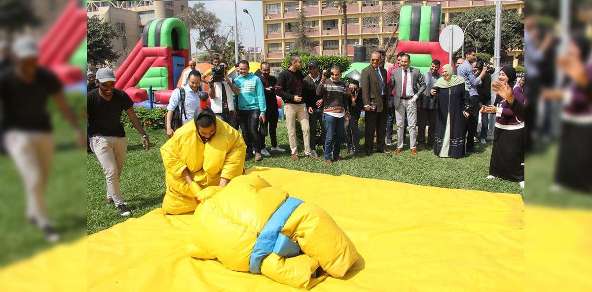 جامعة عين شمس تنظم يوم ترفيهي للطلاب (صور)
