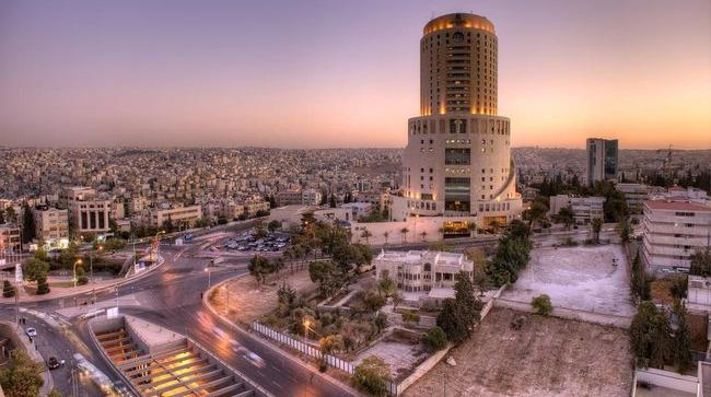 الأربعاء أول أيام عيد الفطر  في الأردن