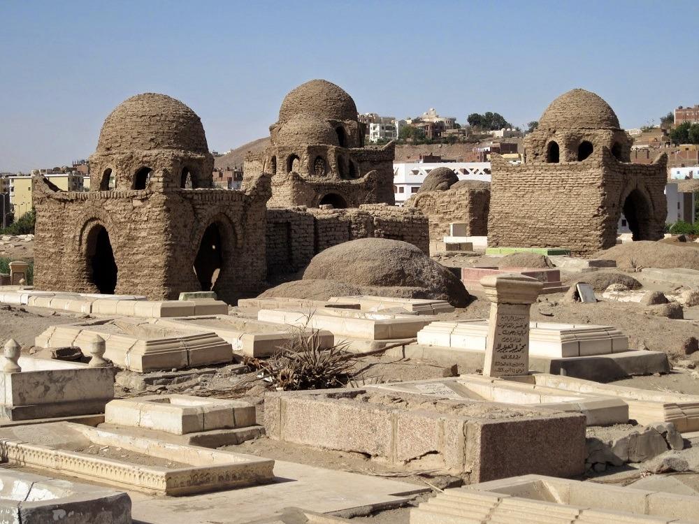 مش بس فرعوني.. الآثار الإسلامية في أسوان هتاخد عقلك