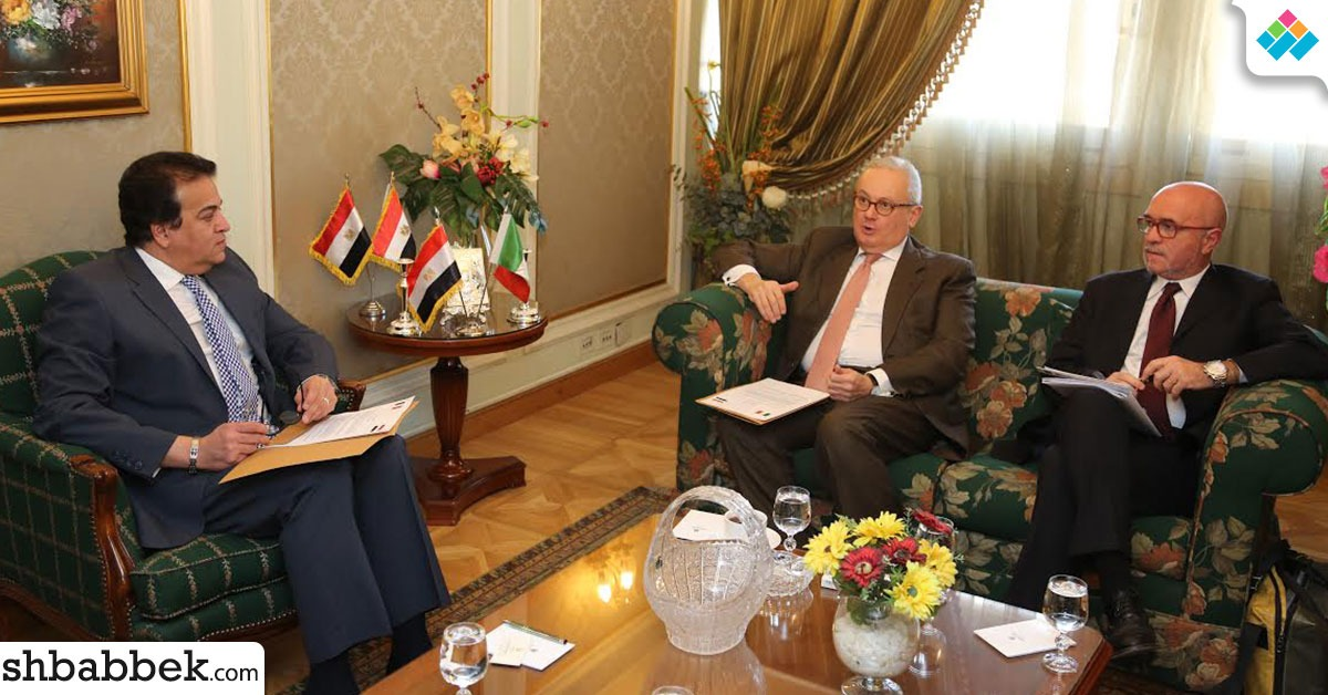 وزير التعليم العالي يستقبل السفير الإيطالي بالقاهرة (صور)