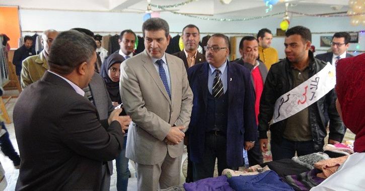 افتتاح المعرض الخيري الرابع بجامعة المنيا