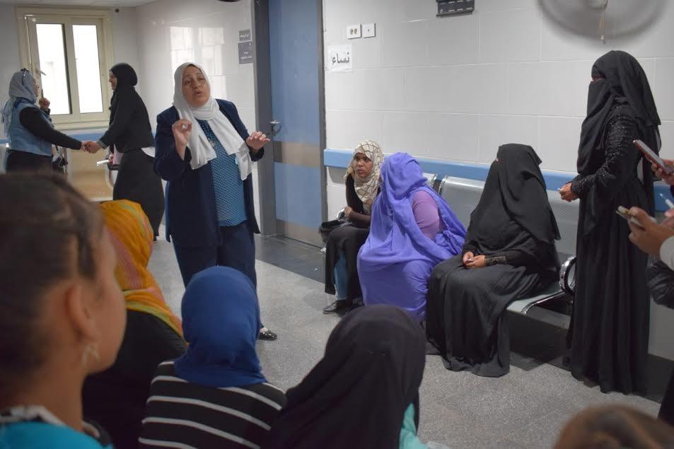 قافلة جامعة القاهرة في حلايب تجري الكشف على 260 مريض في اليوم الأول