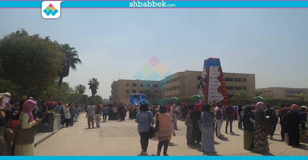 http://shbabbek.com/upload/جامعة حلوان.. «ملاهي ومراجيح» في استقبال وزير التعليم العالي والطلاب