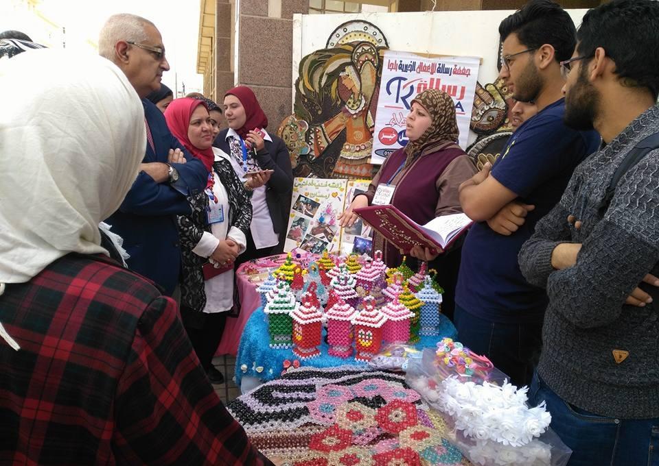 معرض وحفل فني في ختام فعاليات ملتقى متحدي الإعاقة بجامعة المنصورة