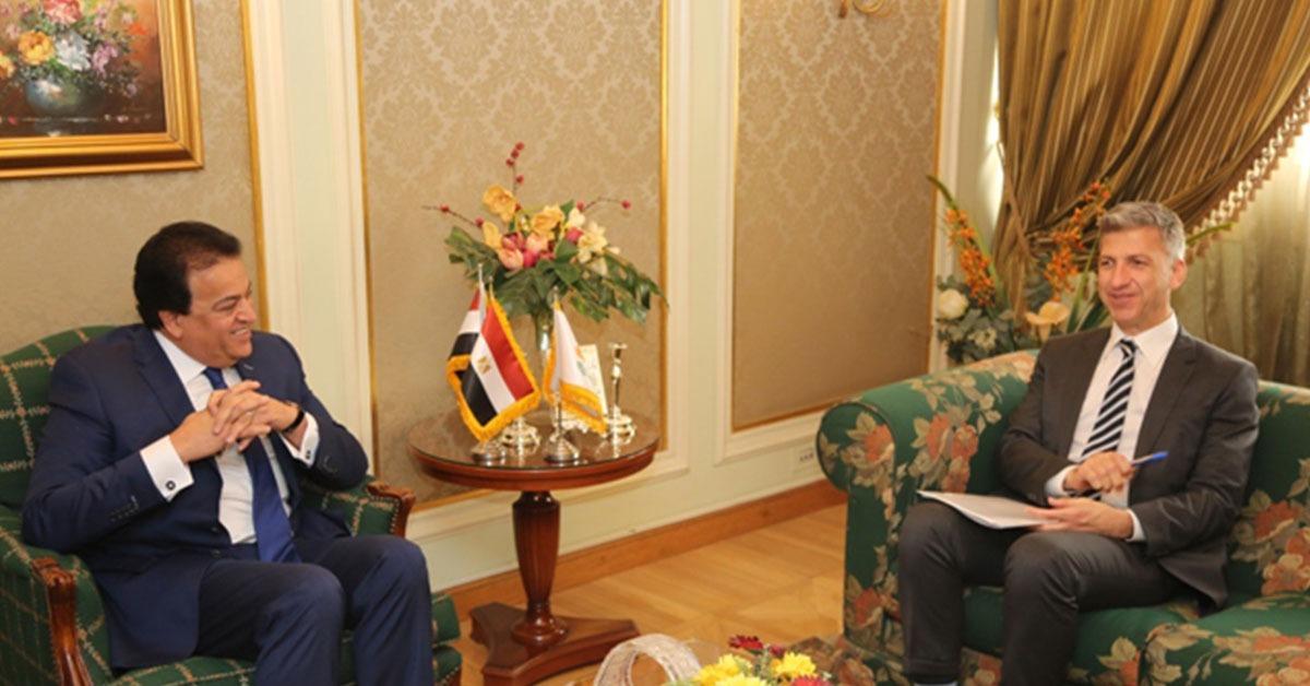 وزير التعليم العالي يستقبل سفير قبرص في القاهرة