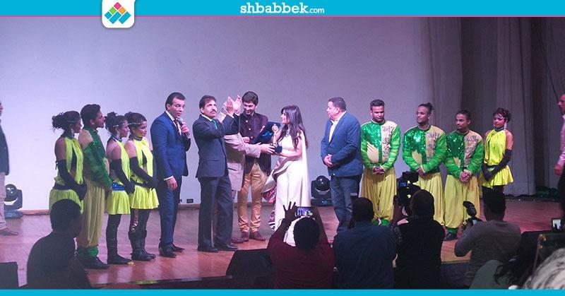 حفل الفنانة الهندية «شيبانى كاشياب» بجامعة عين شمس