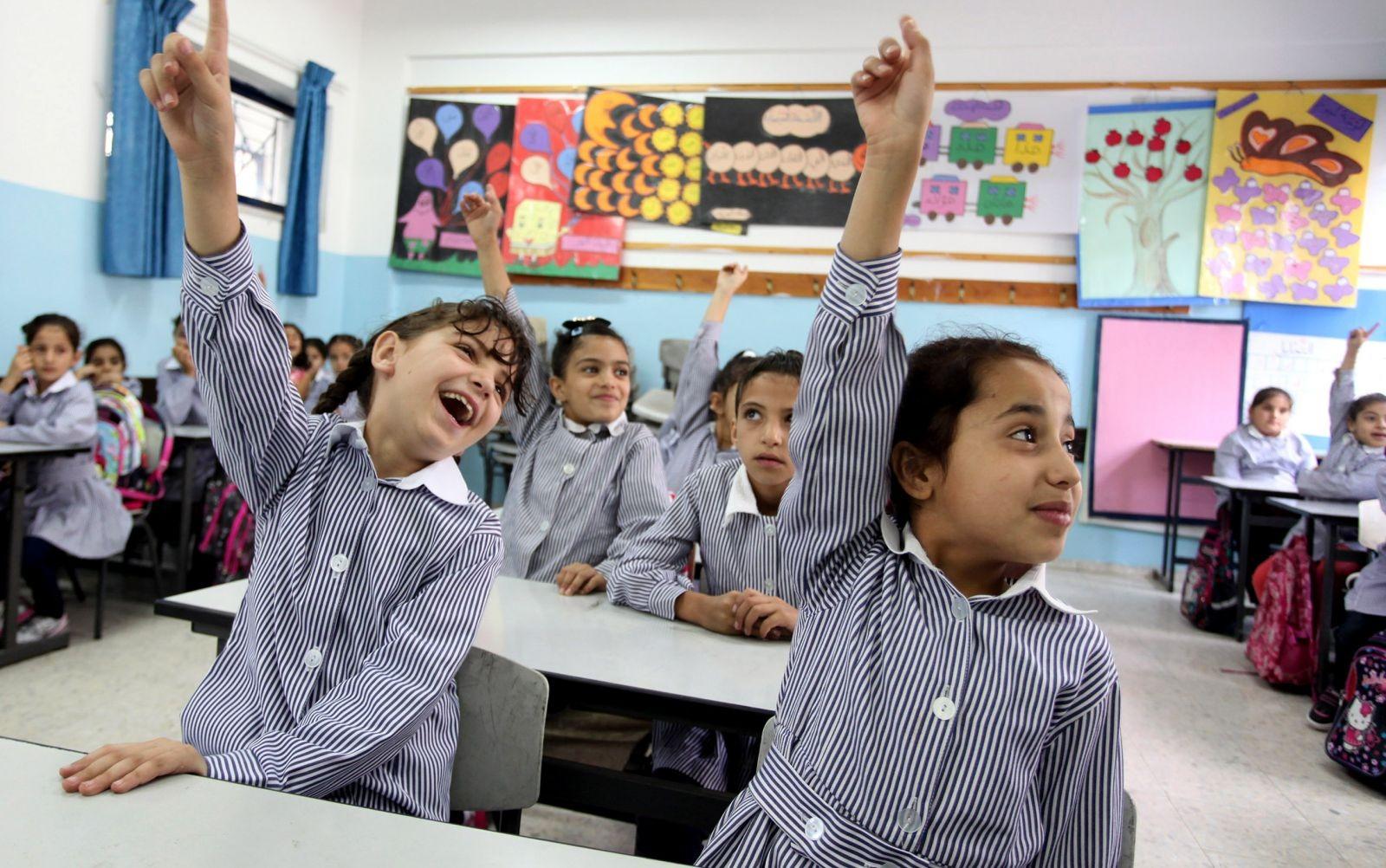 عضو لجنة التعليم بالبرلمان : «التابلت» سيكون متوفرا بالمدارس قبل بداية العام الدراسي