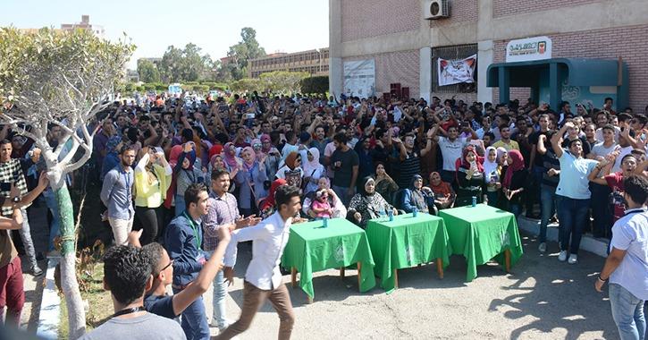 استمرار حفلات الاستقبال بجامعة بورسعيد