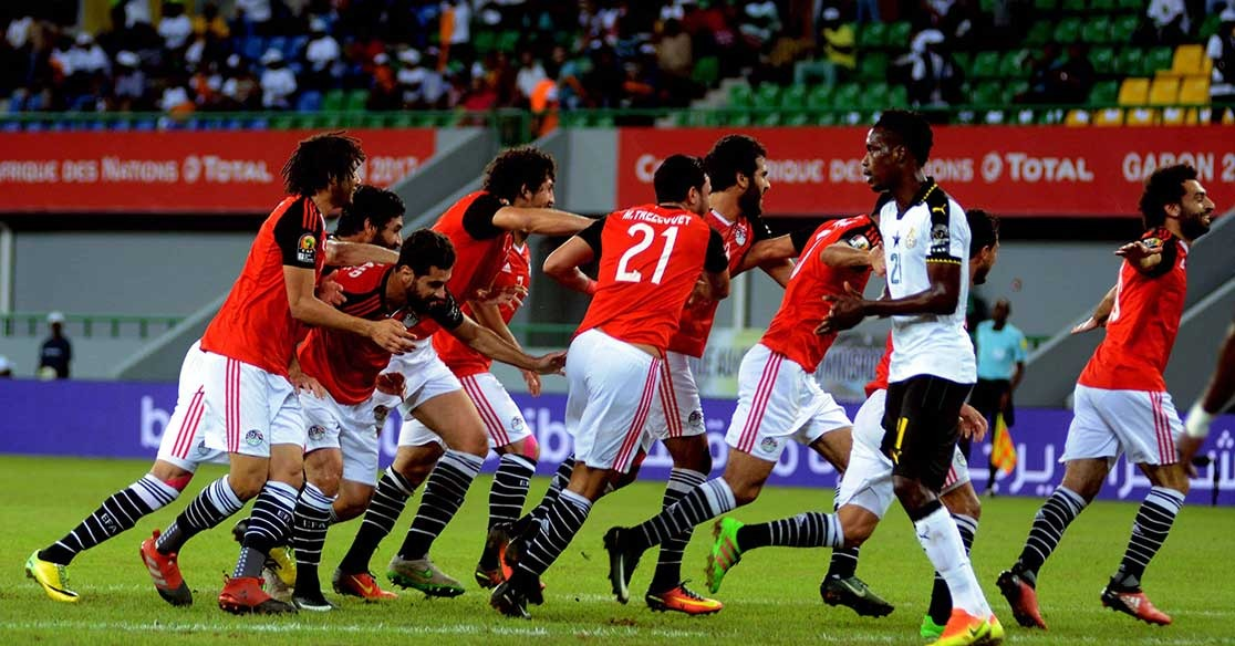 http://shbabbek.com/upload/أماكن لمشاهدة مباراة مصر وأوروجواي في العيد.. عيش أجواء البطولة