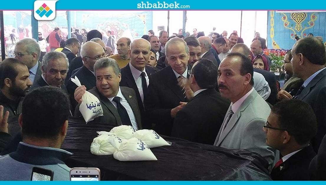 5 كليات تشارك في معرض المنتجات بجامعة بنها.. «بيض وخس ومشغولات يدوية»