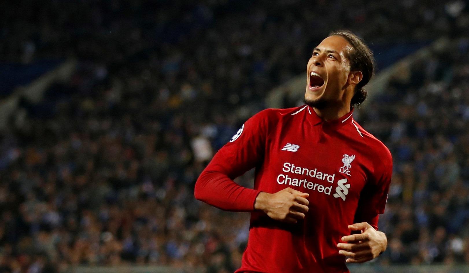فان دايك.. 15 معلومة عن أحسن لاعب في الدوري الإنجليزي