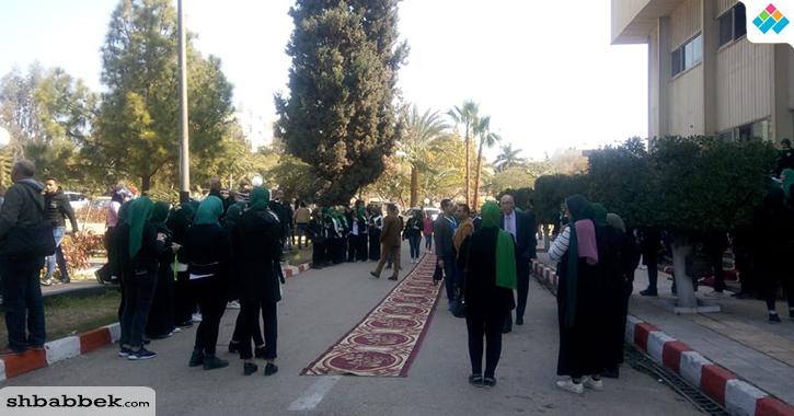 بالمزامير والطبول.. انطلاق مهرجان «800 سنة منصورة» في جامعة المنصورة