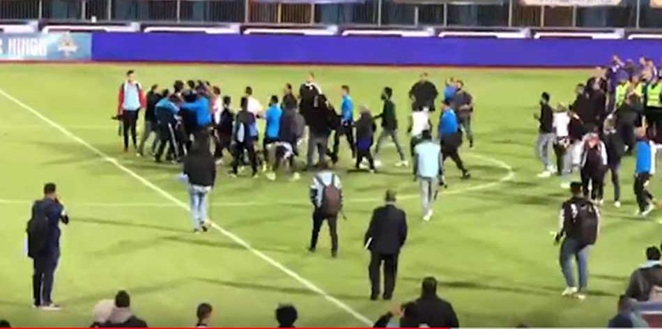 قرار من النيابة بشأن واقعة اعتداء لاعبي الزمالك على مصور «المصري اليوم»