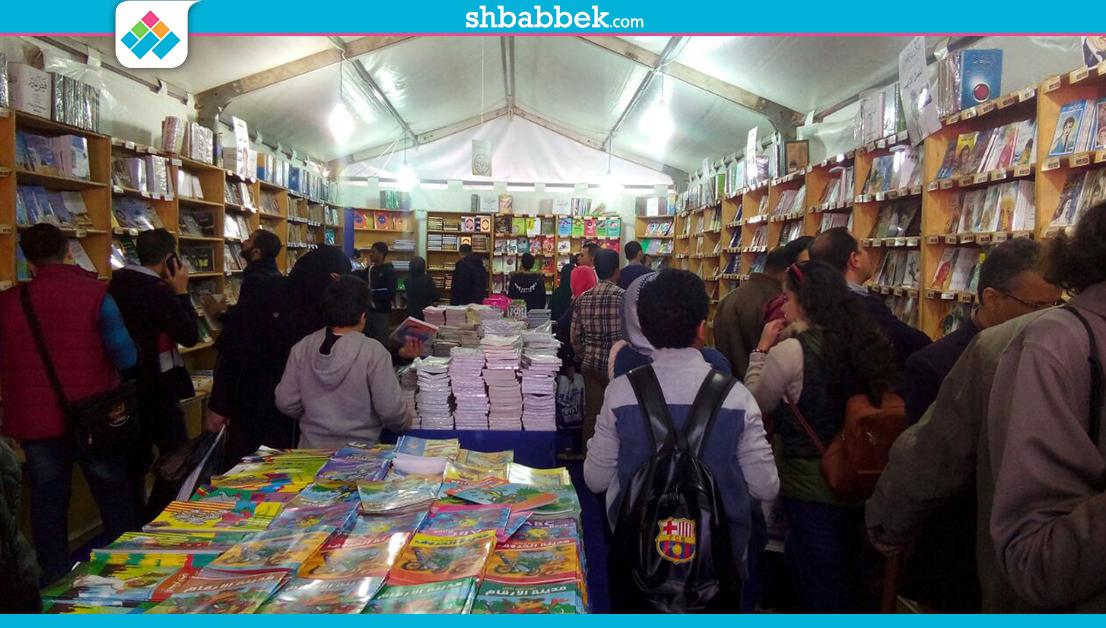 بمشاركة 150 طالبا وطالبة.. رحلة اتحاد جامعة بنها إلى معرض الكتاب (صور)