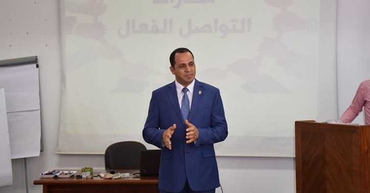 معلومات عن رئيس جامعة جامعة دمنهور الدكتور عبيد صالح