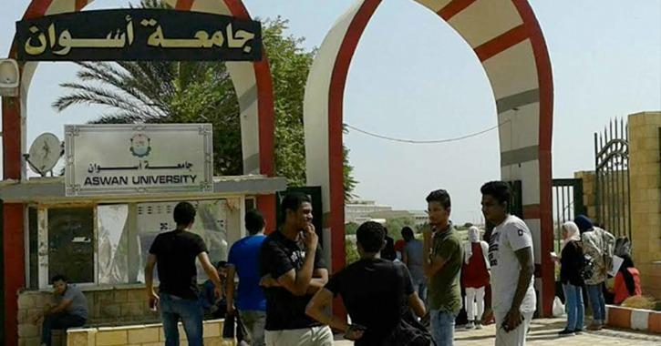 رئيس جامعة أسوان يستقبل الطلاب الجدد: «اهتموا بالأنشطة الطلابية»
