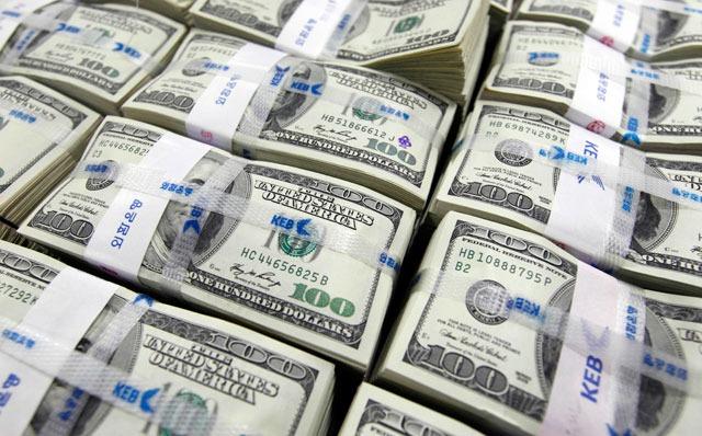 أغنى 5 أشخاص في أوروبا.. كيف حصلوا على ثروة تتجاوز 180 مليار دولار؟