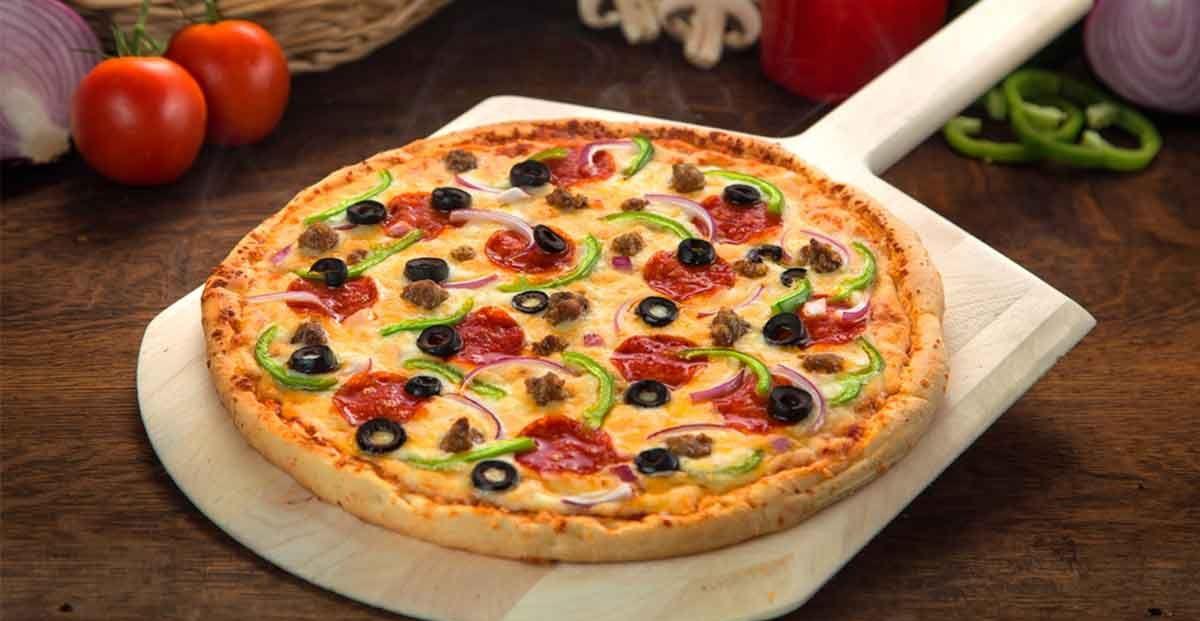 تحضير البيتزا.. جهزي السفرة في أقل من نص ساعة