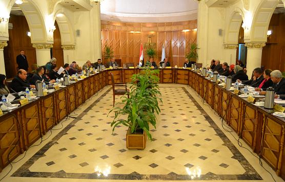 مجلس جامعة الإسكندرية يشدد على ضرورة إعلان نتائج الطلاب قريبا