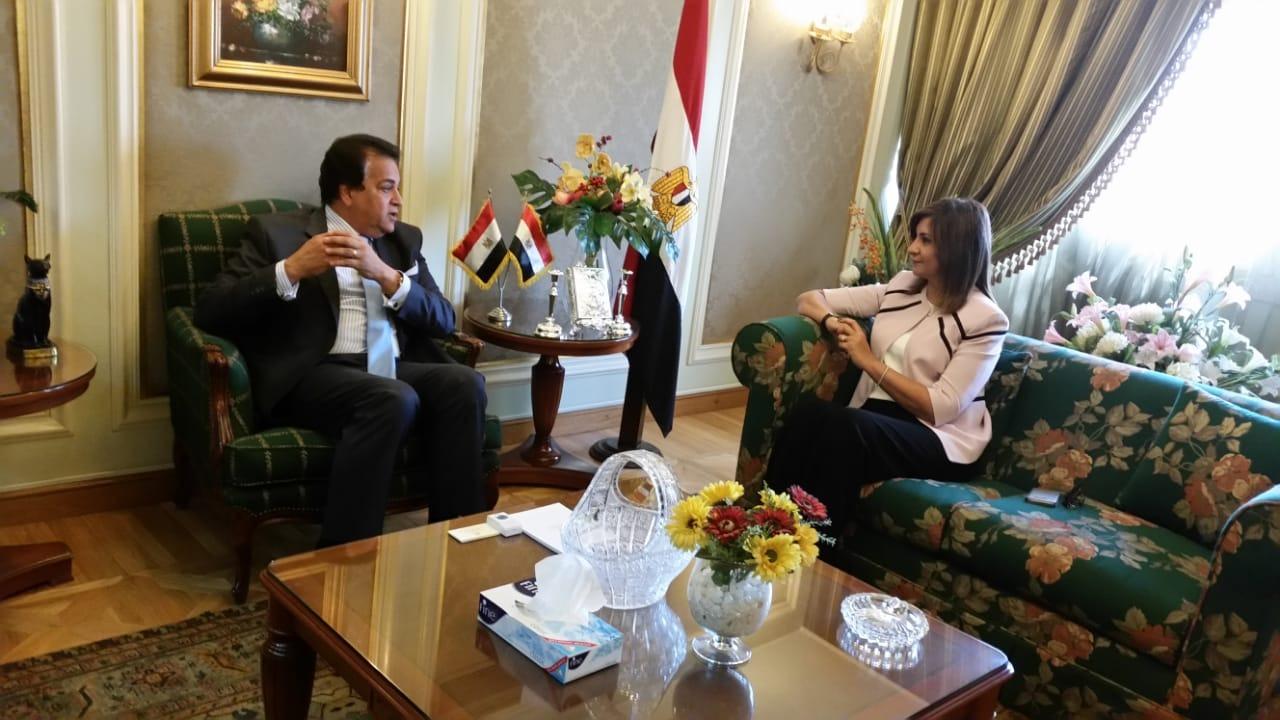 وزيرا التعليم العالي والهجرة يبحثان إنشاء جمعية «مصر تستطيع»