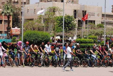 بالصور.. مارثون دراجات مجانا للطلاب بجامعة عين شمس