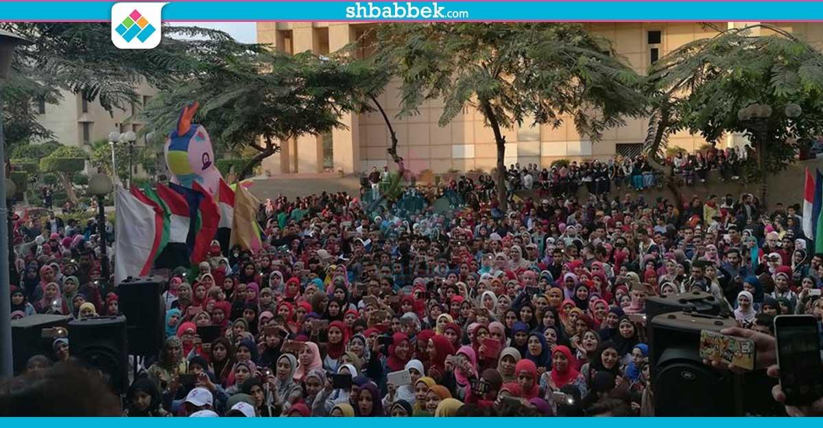 مئات الطلاب في حفل إنشاد بـ«دار علوم القاهرة» (صور)