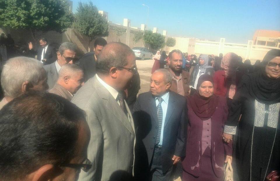 رئيس جامعة الأزهر يتفقد كلية البنات بمحافظة المنيا
