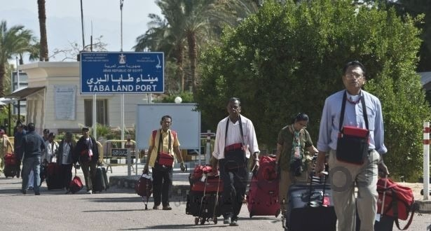 http://shbabbek.com/upload/إسرائيل تطالب مواطنيها بمغادرة سيناء «فورا»