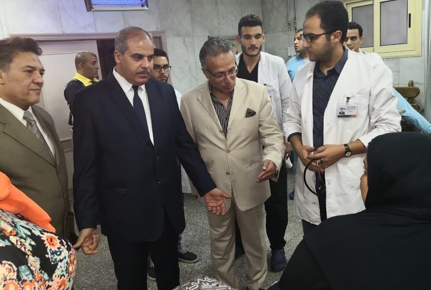 رئيس جامعة الأزهر يتفقد مستشفى باب الشعرية الجامعي