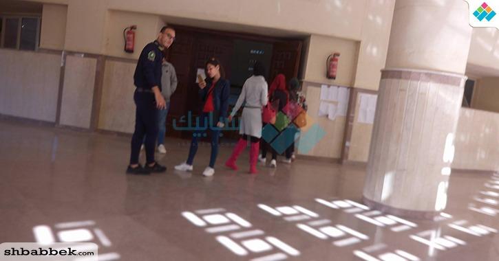 التصويت في انتخابات اتحاد طلاب جامعة المنصورة مُتاح «لأي حد ماشي في الشارع»