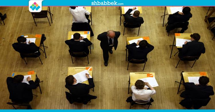 غير «الكتابة على إيدك» .. إزاي بتغش في الامتحانات؟