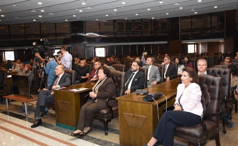 ما الذي قدمته الشركات لطلاب جامعة القاهرة في ملتقى التوظيف؟