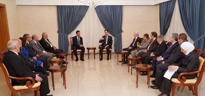 شاهد نقيب المحامين يلتقى بشار الأسد في سوريا