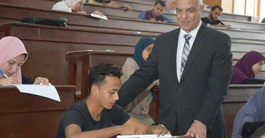 20 طالبا يؤدون الامتحانات في لجان المحبوسين بجامعة المنوفية
