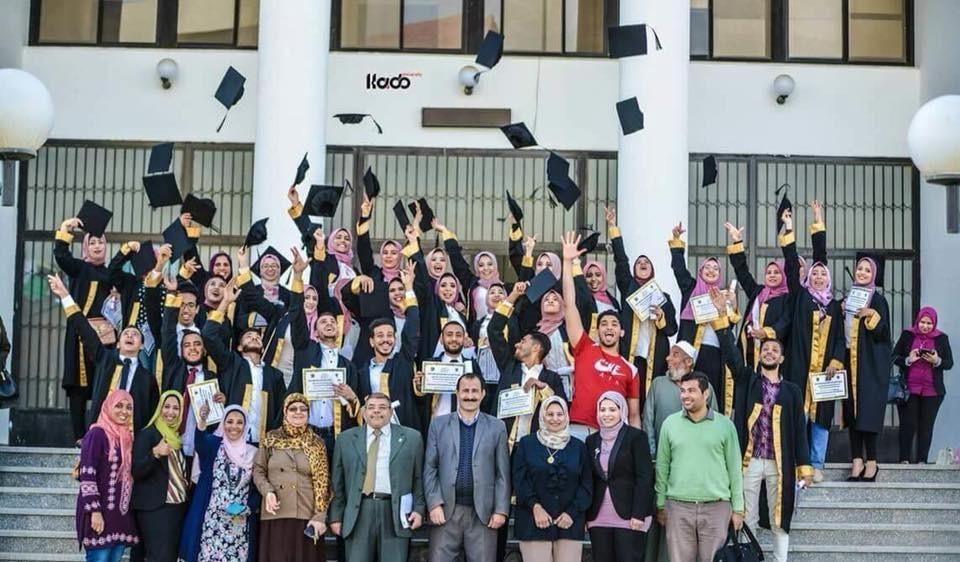 كلية التربية بجامعة قناة السويس تحتفل بتخريج الدفعة السابعة علم نفس