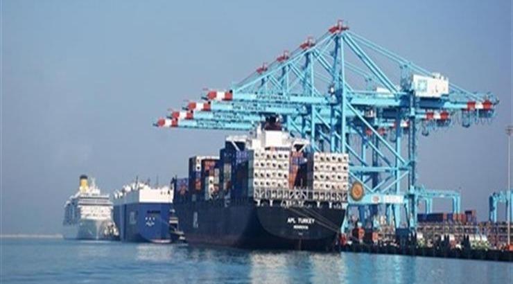 وقف حركة الملاحة في ميناء الإسكندرية