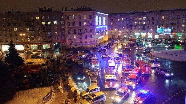 أول فيديو من موقع انفجار المركز التجاري بروسيا