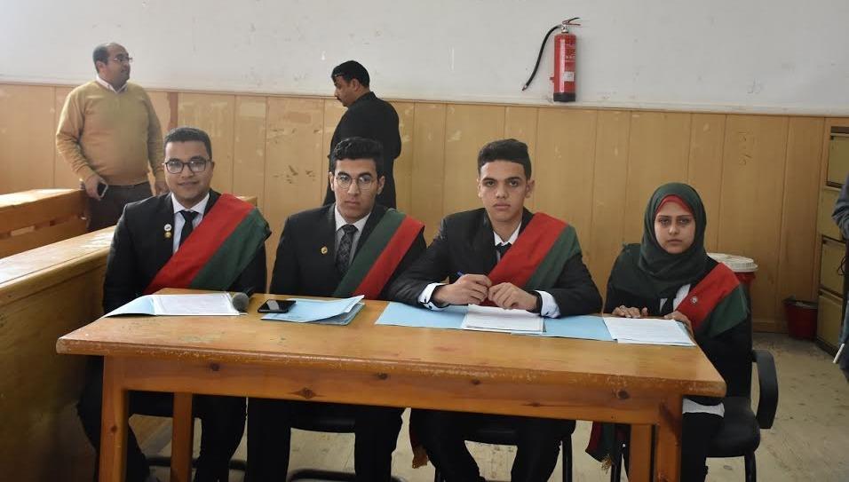 «حقوق السادات» تقيم محكمة للطلاب: ندربهم على الحياة القانونية