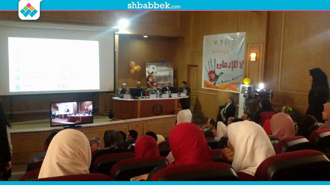 انطلاق أولى فعاليات حملة «عيشها صح» لمكافحة الإدمان في جامعة المنصورة