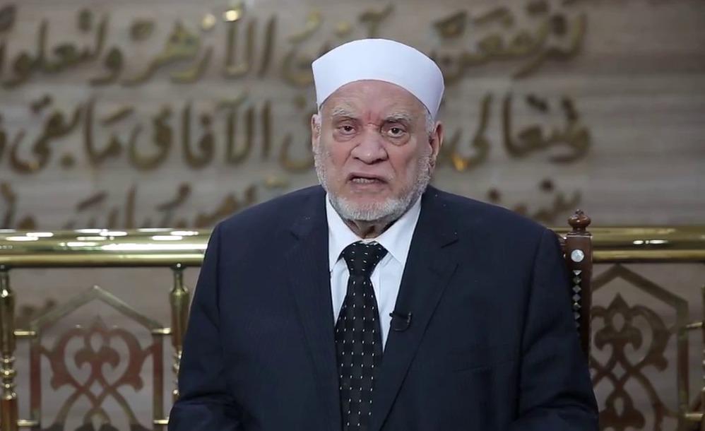 أحمد عمر هاشم: حديث «الحج جهاد كل ضعيف» غير صحيح (فيديو)