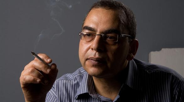 وفاة الكاتب أحمد خالد توفيق