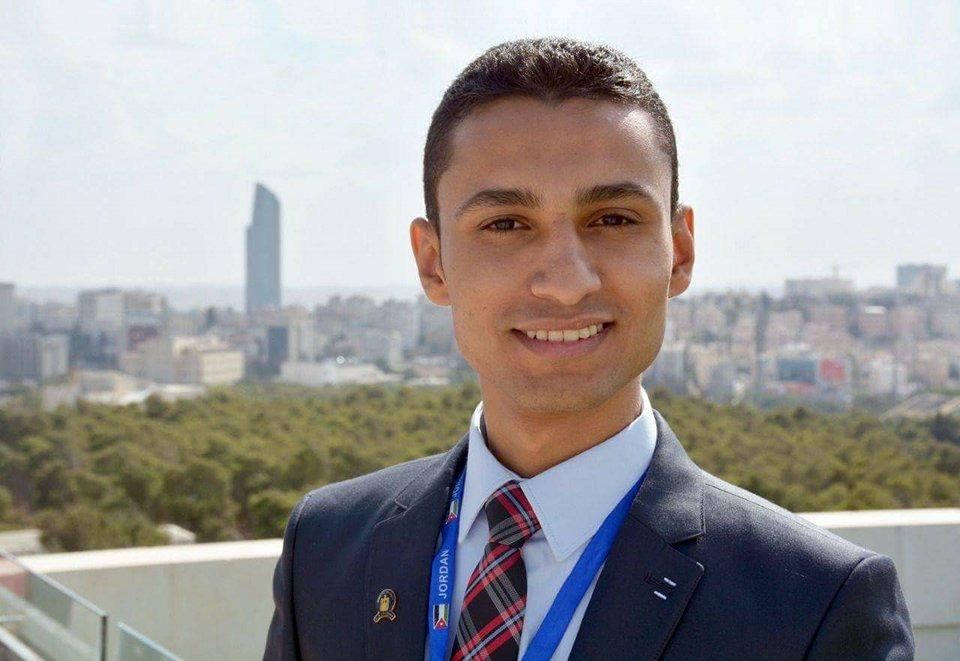 http://shbabbek.com/upload/محمود جابر يفوز بلقب الطالب المثالي في «حقوق بني سويف»