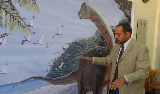 رئيس جامعة المنصورة: إقامة معرض لحفريات الديناصور «منصوراصورس»