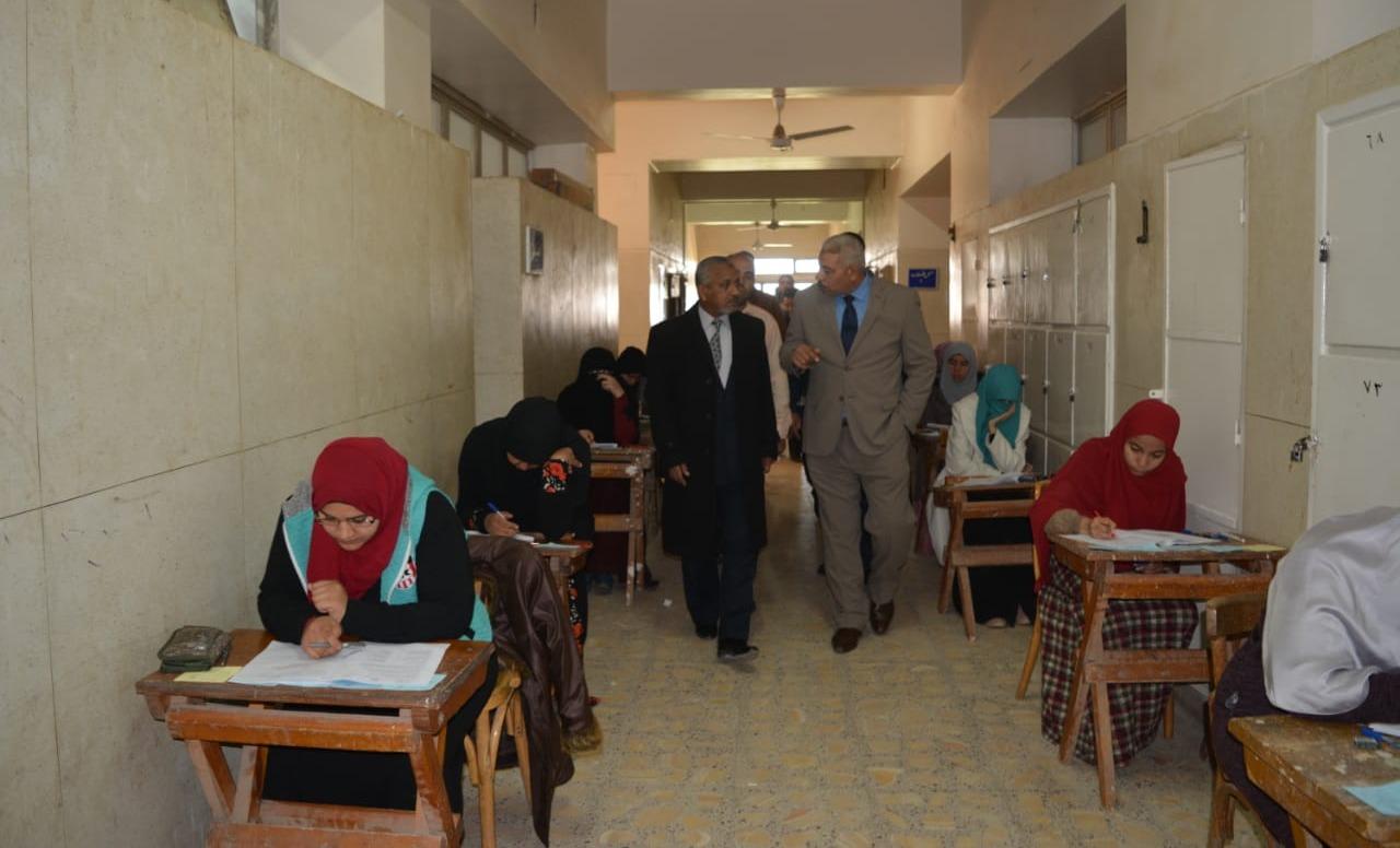 نائب رئيس جامعة الأزهر: «لا تهاون مع الطلاب الغشاشين»