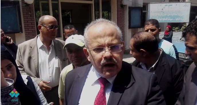 رئيس جامعة القاهرة: لم نطلب فيش جنائي من الطلاب الجدد