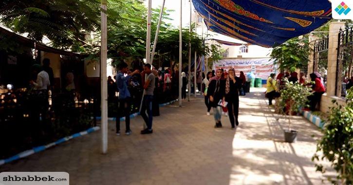 استمرار تقديم أوراق الطلاب المرشحين لكلية الآداب جامعة المنصورة