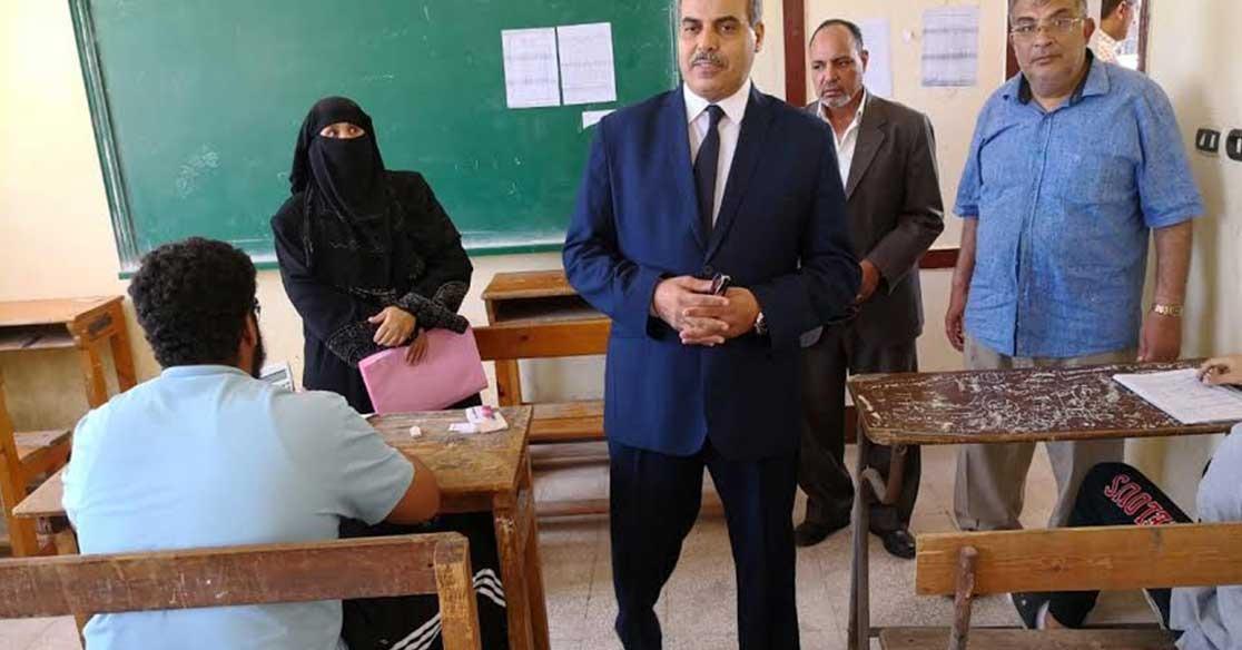 رئيس جامعة الأزهر يتفقد لجان امتحانات الثانوية بمحافظة بورسعيد