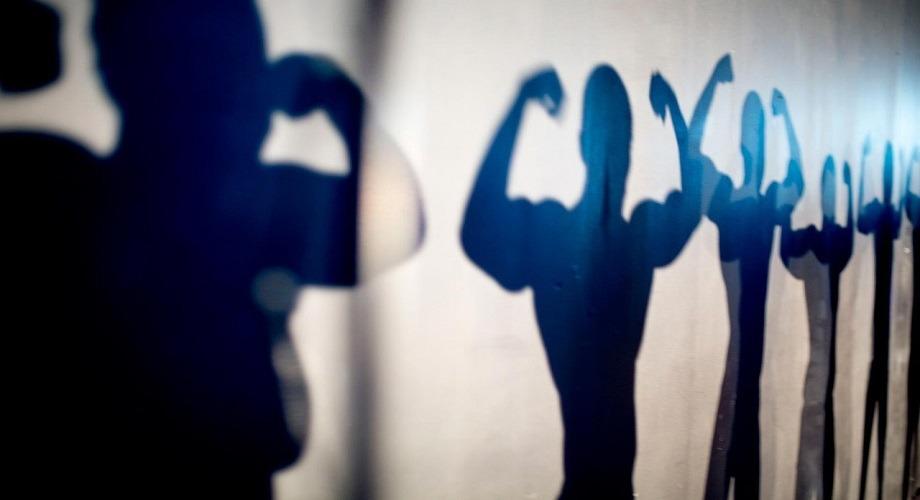 http://shbabbek.com/upload/هل الجسم المثالي يعزز الثقة في نفسك؟.. لا تعالج الخطأ بخطأ (للشباب)