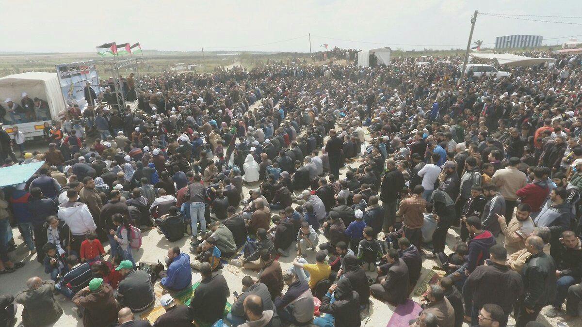 شهداء ومئات الجرحى في مسيرة العودة الكبرى بغزة