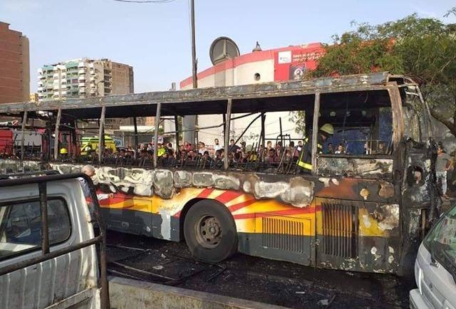 احتراق أتوبيس نقل عام بالقاهرة مع ارتفاع درجة الحرارة اليوم